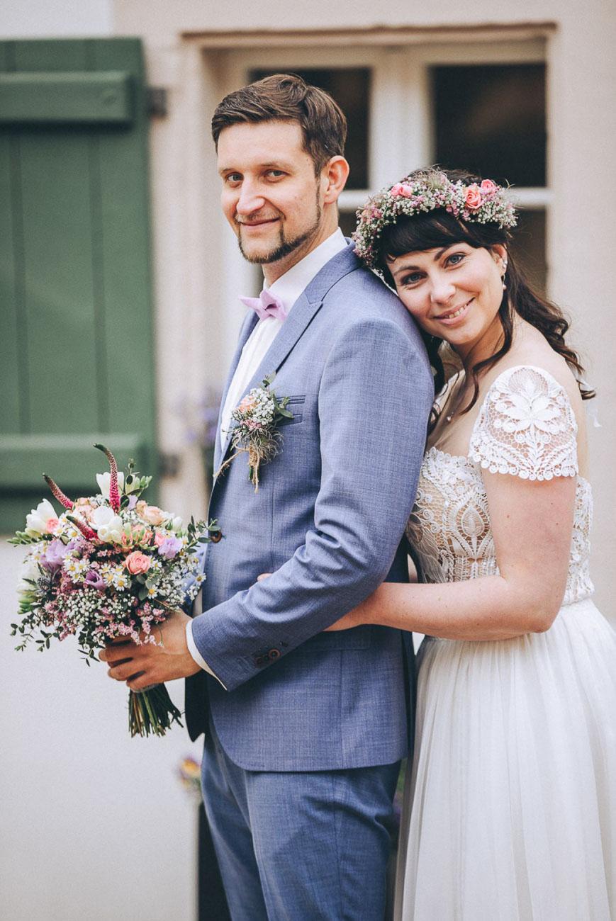 Brautpaarbilder_Weingut_Hofloeßnitz_Hochzeitsfotograf_071-_