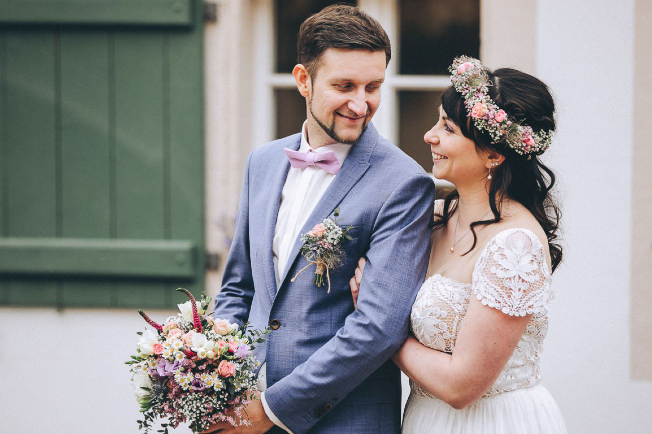 Brautpaarbilder_Weingut_Hofloeßnitz_Hochzeitsfotograf_073-_