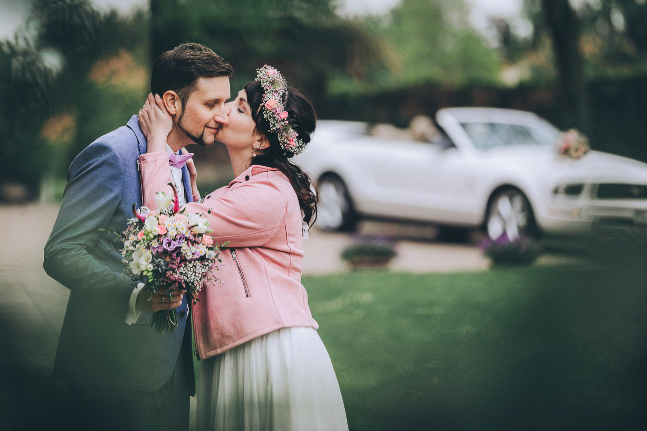Brautpaarbilder_Weingut_Hofloeßnitz_Hochzeitsfotograf_074-_