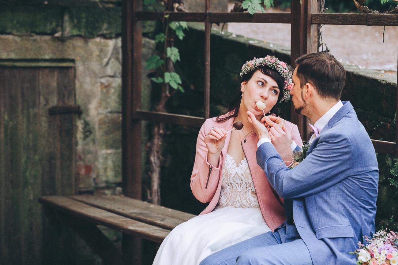 Brautpaarbilder_Weingut_Hofloeßnitz_Hochzeitsfotograf_084-_