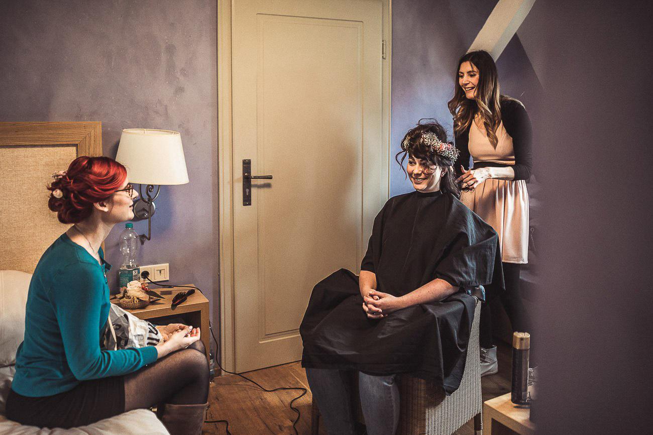 Hochzeitsfotograf_Radebeul_Getting_ready_weingut_019-_