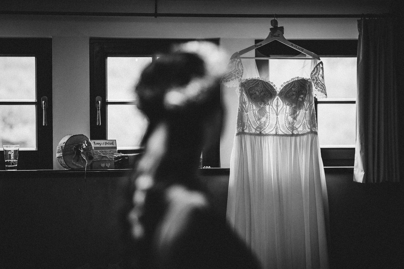 Hochzeitsfotograf_Radebeul_Getting_ready_weingut_026-_