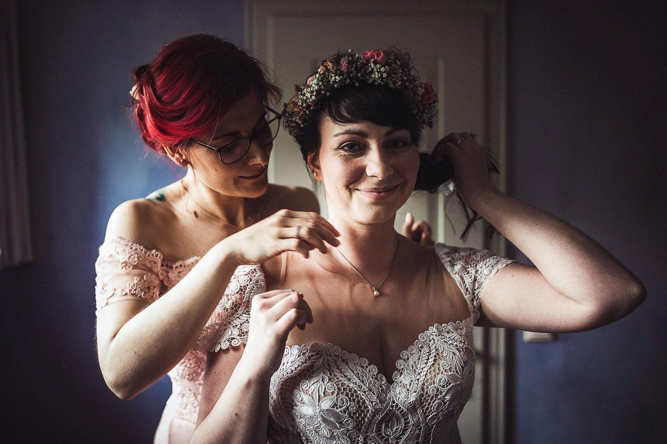 Hochzeitsfotograf_Radebeul_Getting_ready_weingut_032-_