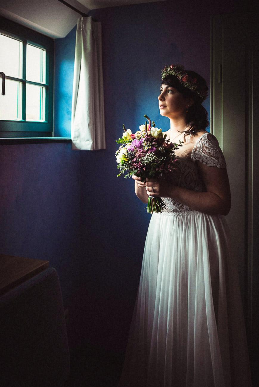 Hochzeitsfotograf_Radebeul_Getting_ready_weingut_035-_